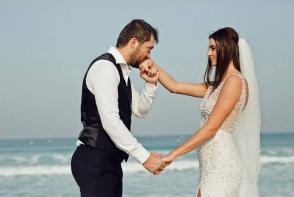 Margarita Dodon, in rochie de mireasa pe malul marii. Vezi cat de romantic a pozat impreuna cu sotul ei - FOTO