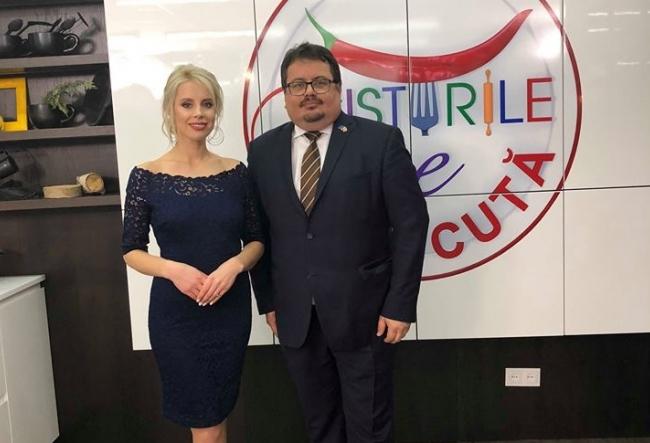 "Ambasadorul UE la Chisinau, Peter Michalkol, a impresionat la ""Gusturile se discuta""! Ce deliciu a pregatit diplomatul- VIDEO"