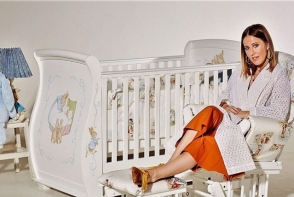 Fiul Xeniei Sobchak, intr-o fotografie emotionanta alaturi de bunica sa. Platon este deja baiat mare - FOTO