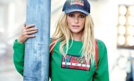 Prea mult Photoshop? Britney Spears, acuzata ca exagereaza cu retusarea pozelor - FOTO