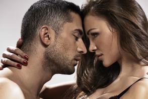 4 motive pentru care te joci cu mintea unui barbat. De ce trebuie sa te opresti?