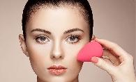 De ce pun unele persoane Beautyblender-ul in cuptorul cu microunde? Afla care este motivul?