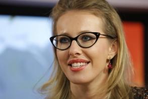 Ksenia Sobchak este insarcinata? Cum a pozat vedeta din Rusia in costum de baie - FOTO