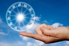 Horoscop de weekend, 21-22 aprilie. Nativii din zodia Capricornului sunt gata sa faca pasul cel mare - FOTO