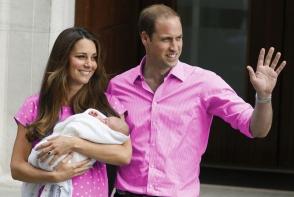 Marea Britanie are un nou print sau printesa? Kate Middleton a nascut un bebelus perfect sanatos. Afla care este sexul acestuia - FOTO