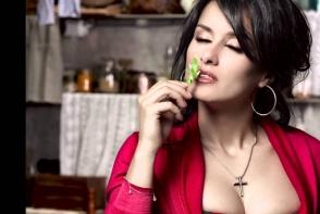 Tina Kandelaki, tot mai sexy la 42 de ani. Cum arata abdomenul si talia ei dezgolite - FOTO