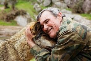 Barbatul crescut de lupi a adresat un mesaj terifiant pentru omenire. Afla-i povestea impresionanta - FOTO
