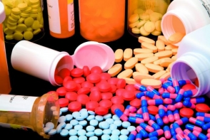 Daca ai peste 35 de ani, NU mai lua aceste pastile! Iti dau organismul peste cap - FOTO
