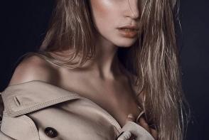"""Ea a castigat titlul """"Miss Moldova 2018"""". Blonda e una dintre cele mai de succes modele din tara - FOTO"""