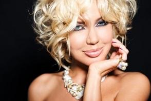 Masha Malinovskaya a slabit dramatic. Vedeta TV a recurs la metode nesanatoase - FOTO