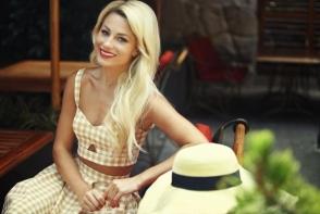 Natalia Gordienko isi vinde hainele. Vor fi mai mult de 160 de rochii, iar preturile pornesc de la 50 de lei - FOTO