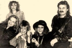 Imagini rare cu Alla Pugaciova, Vladimir Presnyakov si Kristina Orbakaite. Moment unic din 1991 cu primadona estradei ruse si primul nepot - VIDEO