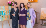 La Chisinau a avut loc un eveniment creativ si plin de culoare. Vezi cum este reprezentata femeia in pictura - FOTO