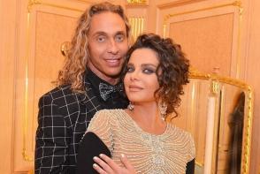 Sunt casatoriti de 15 ani, dar se iubesc ca-n prima zi. Cum a felicitat-o Tarzan pe Natasha Koroliova, cu ocazia zilei de nastere - FOTO