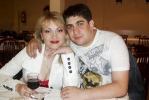 Adriana Ochisanu si Corneliu Botgros, din nou impreuna. Cum au fost surprinsi fostii soti - FOTO