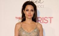 Angelina Jolie si-a sarbatorit ziua de nastere intr-un parc de distractii. Cum arata la 43 de ani?  FOTO