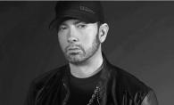 Eminem a facut o gafa enorma in timpul unui concert! Multimea a inceput sa tipe - FOTO