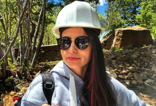 Travel bloggerita Diana Mocanu a trait o experienta de neuitat! Cum a fost in Vestul Salbatic si in ce conditii lucrau minerii in timpul goanei dupa aur si argint - VIDEO