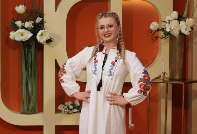"""Catalina Osipov-Gontea: """"Ma uit sceptic la costumele de baie cu imprimeu animalic."""" Designerul a spus care sunt tendintele sezonului si ce preferinte au moldovencele - VIDEO"""