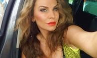 """Anna Lesko, in tandreturi cu un tanar cantaret din Romania. Fanii au criticat-o dur: """"Ai acasa un copil"""" - VIDEO"""