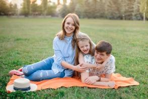 Dumitru Slonovschi face cele mai frumoase sedinte foto de familie! Afla care sunt trucurile pentru fotografii spectaculoase - FOTO