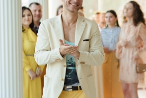 Un chipes interpret de la noi, despre cele mai grave greseli de stil ale barbatilor din Moldova:
