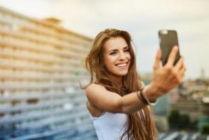 11 trucuri pentru a iesi intotdeauna perfect in fotografii. Afla secretele imaginilor de invidiat
