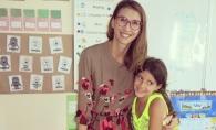 """Cu parul verde, la 11 ani! Lucia Berdos, despre fiica sa: """"Eu zic ca e bine sa incerce totul, ca sa nu ramana ceva neindeplinit."""" - VIDEO"""