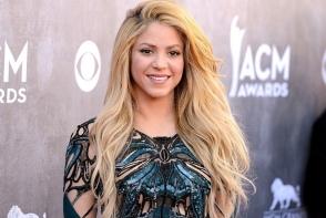 4 secrete de la vedete pentru par stralucitor. Afla ce fac Shakira sau Mila Kunis pentru podoaba lor capilara - FOTO