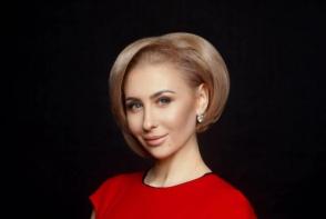 Soarele, inamicul parului frumos! Hairstilista Ekaterina Atasii iti spune cum sa-ti ingrijesti corect podoaba capilara in canicula - VIDEO