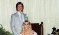 Cum aratau vedetele la balul de absolvire al liceului, alaturi de partenerii lor de atunci. Imagini de colectie - FOTO