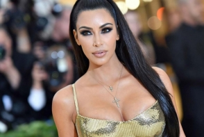 Fotografia cu Kim Kardashian care i-a adus 5 milioane de dolari in 5 minute. Vezi ce reprezinta - FOTO