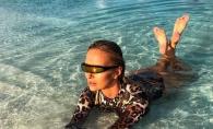 Delia, ipostaze indecente in vacanta. Iata cum a fost fotografiata artista in Insulele Maldive - FOTO