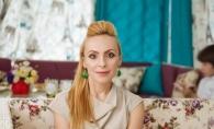 "Xenia Bugneac: ""Putem gasi lucruri exclusiviste si la pietele second-hand."" Afla unde prefera sa faca shopping fashion stilista - VIDEO"