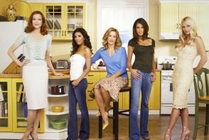 """Una dintre actritele celebrului serial """"Neveste Disperate"""" a anuntat ca a suferit de cancer. Vezi cat de mult s-a schimbat - FOTO"""