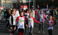 Fii mai mult decat un simplu alergator: fii un erou! 14 personalitati si vedete vor alerga la
