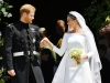 Reactia incredibila pe care Meghan Markle a avut-o cand si-a vazut pentru prima data rochia de mireasa dupa nunta - FOTO