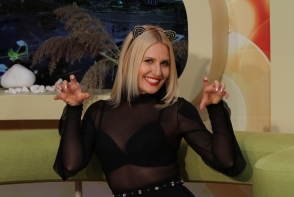 Dianna Rotaru, aproape goala in studioul O Seara Perfecta. Blonda a dansat mai sexy ca niciodata - VIDEO