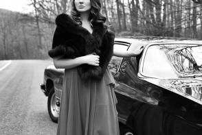 O cunoscuta interpreta de la noi, uimita de stilul ei vestimentar din trecut: