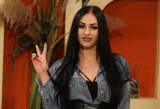 "Gabriella Nastas, judecata dupa felul in care arata: ""Par un pic aroganta, necomunicabila, de fapt sunt o persoana foarte simpla."" - VIDEO"