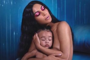 Frumusetea se mosteneste! Iata cat de draguta e fiica cea mica a lui Kim Kardashian - FOTO