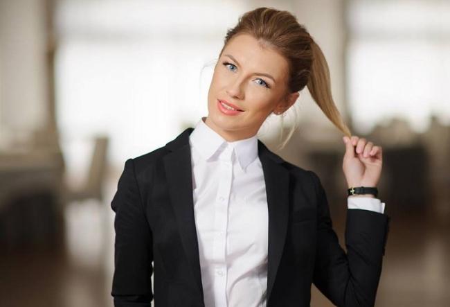 Fa-ti un nume, apoi acesta o sa lucreze pentru tine! Olga Tapordei iti spune cum poate afacerea sau imaginea ta sa ajunga un brand de renume - VIDEO