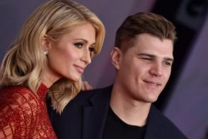 Fostul iubit al lui Paris Hilton vrea inapoi inelul de logodna in valoare de 2 milioane de dolari. Vezi cum arata imensa bijuterie - FOTO