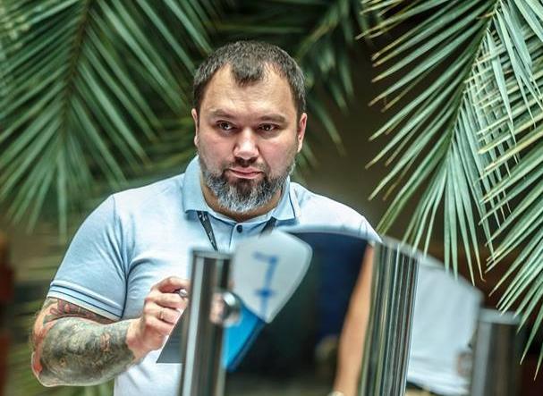 """Master tattoo, Serghei Kliuchnicov: """"Am tatuat pe cineva care avea peste 70 de ani!"""" - VIDEO"""
