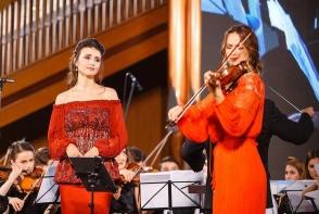 Gala Generozitatii 2018, rafinament si bunatate. Valentina Nafornita si Rusanda Panfili au cucerit publicul cu un moment inedit - VIDEO
