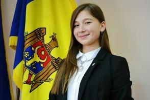 La doar 17 ani a fost desemnata Voluntarul Anului! Mihaela Galusca:
