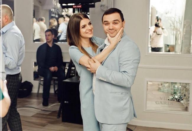 Si-au unit destinele, insa nu si bugetul! Alina Andronic si Ion Gustiuc au povestit de ce in familia lor fiecare e cu banul sau - VIDEO