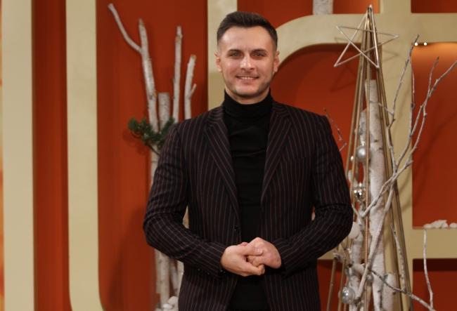 """Cu ocazia sarbatorilor de iarna, Viorel Buliga a lansat un videoclip emotionant: """"Am parcurs peste 1000 de km in cautarea unor imagini perfecte!"""" - VIDEO"""