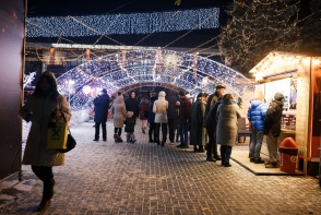 Traieste magia sarbatorilor de iarna in oraselul de Poveste Orange. Imagini care iti taie respiratia - VIDEO