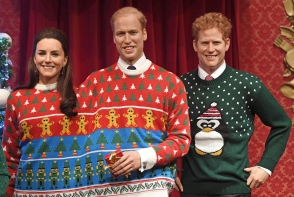 Mai rar ii vezi asa! Kate, William si copiii au pozat in blugi, pentru fotografia oficiala de Craciun - FOTO